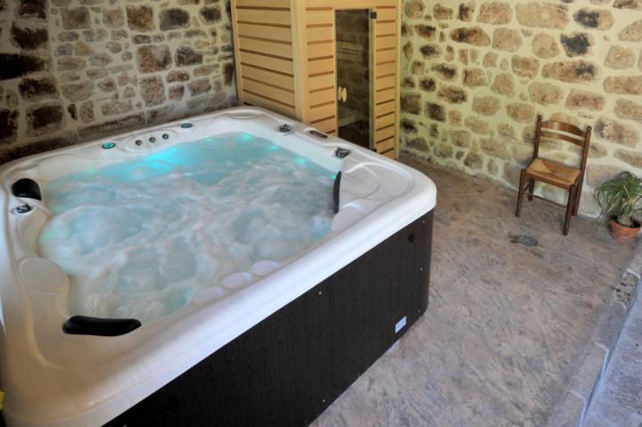 la-castanea-gite-et-chambres-dhotes-spa-et-sauna
